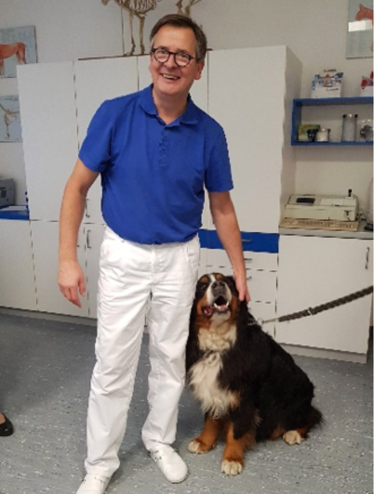 Dr. med. vet. M. Sc. <br />Olaf Kuntze